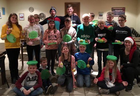 Kinder Gruppenfoto Weihnachtsfeier Maße